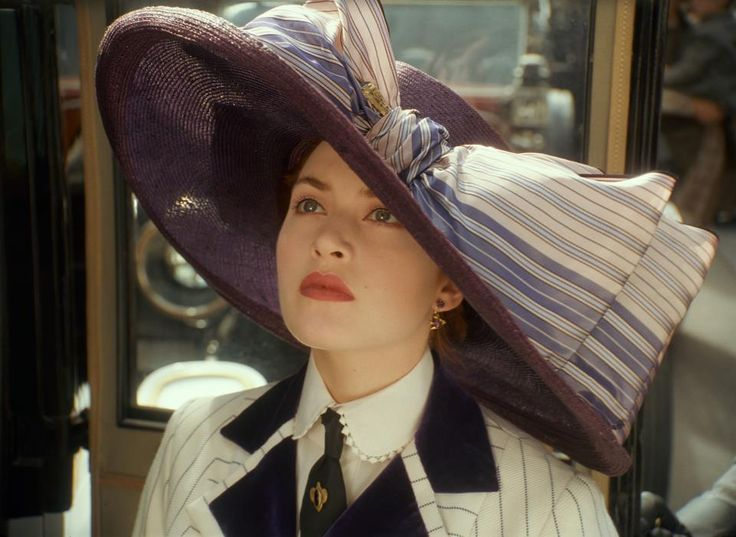 Titanic | Kate Winslet wearing an amazing hat